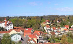 Die Kurstadt Buckow (Märkische Schweiz) liegt mitten im Grünen